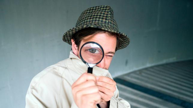 Tobi als Detektiv. Weiteres Bildmaterial finden Sie unter www.br-foto.de.