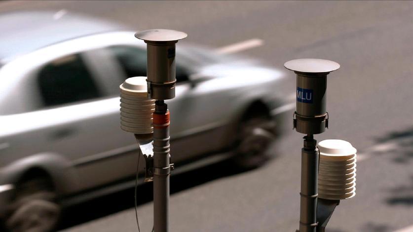 Messstationen registrieren die Luftbelastung auf deutschen Straßen.
