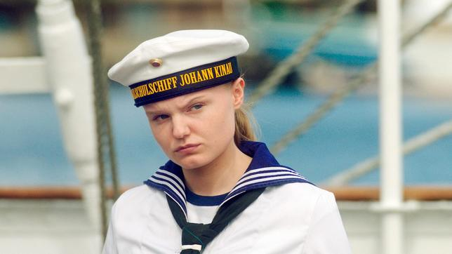 Lilly Borchert in ihrer Uniform