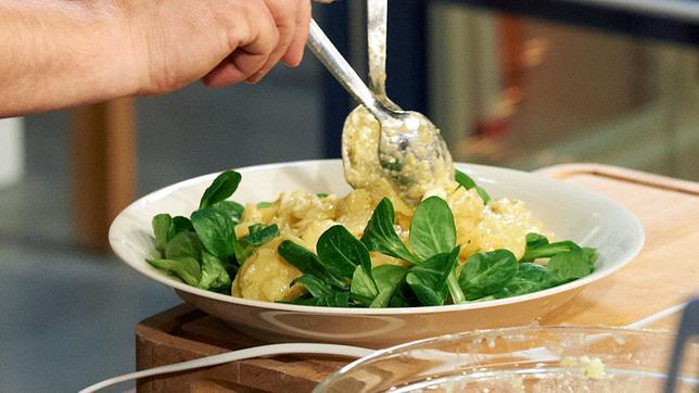 Tim Mälzer Kartoffelsalat Mit Gekochten Eiern