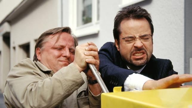 Thiel und Boerne brechen einen Briefkasten auf
