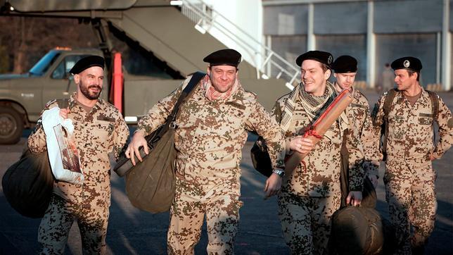 Matthias Jahn, Sebastian Brandt und Thomas Klages bei ihrer Rückkehr aus Afghanistan (v.l.n.r.)