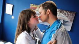 dating daisy folge 16 Tress macneille (als 'daisy duck') in mickys turbulente weihnachtszeit (2004) edelstein (als sarah stanner) in scandal (2012-) in episode 16 (staffel 2).