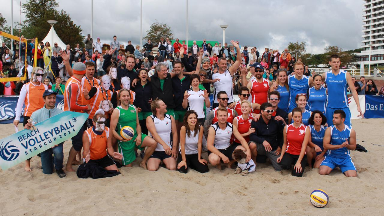 Die Teams des Beachvolleyball-Starcup 2014