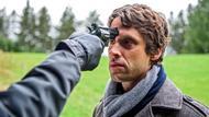 <b>Sebastian (Kai</b> Albrecht) lässt sich von Eric (Philip Köstring) nicht ... - sebastian-laesst-sich-von-eric-nicht-einschuechtern-folge-2400-100~_v-varxs_b22d33