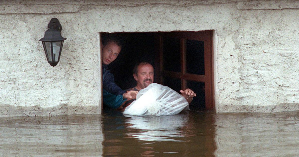 Hilfe Für Die Hochwasser Opfer Brennpunkt Ard Das Erste