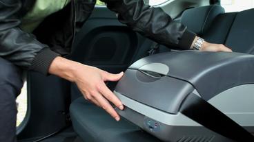 Auto Kühlschrank Mit Kompressor : Auto kühlboxen im test ratgeber auto reise verkehr ard