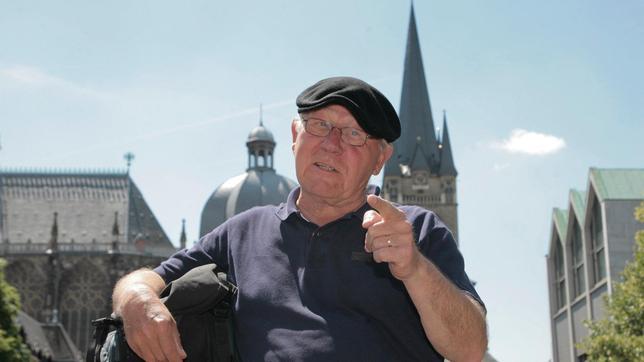 """20 Jahre nach dem Fall der Mauer erkundet Filmemacher Armin Maiwald, was am """"Wanderweg der deutschen Einheit"""" zu entdecken ist."""