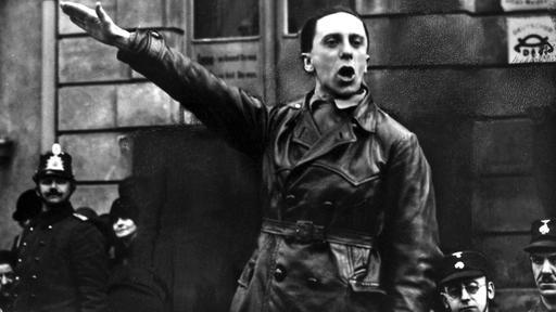 Joseph Goebbels, der spätere Reichsminister für Propaganda vertrat schon in der Weimarer Republik die Rassenlehre.  (Archivfoto: Goebbels spricht in Bernau /Foto 1928)