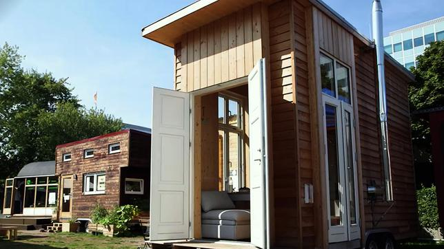 tiny houses wohnen to go w wie wissen ard das erste. Black Bedroom Furniture Sets. Home Design Ideas