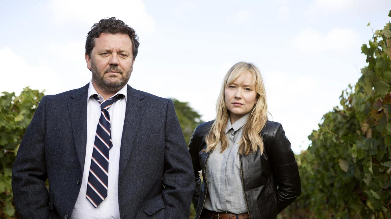 Detective Mike Shepherd und Kirstin Sims