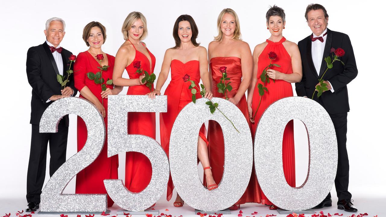 bilder 2500 folgen rote rosen rote rosen ard das. Black Bedroom Furniture Sets. Home Design Ideas