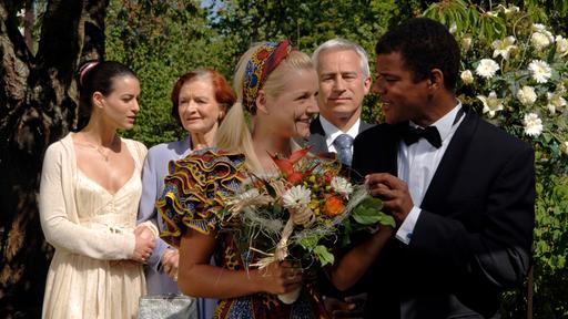 Bilder 2500 Folgen Die Hochzeiten Rote Rosen Ard Das Erste